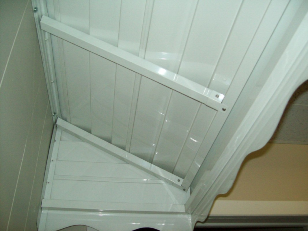 Showroom Step Awning - Inside View []
